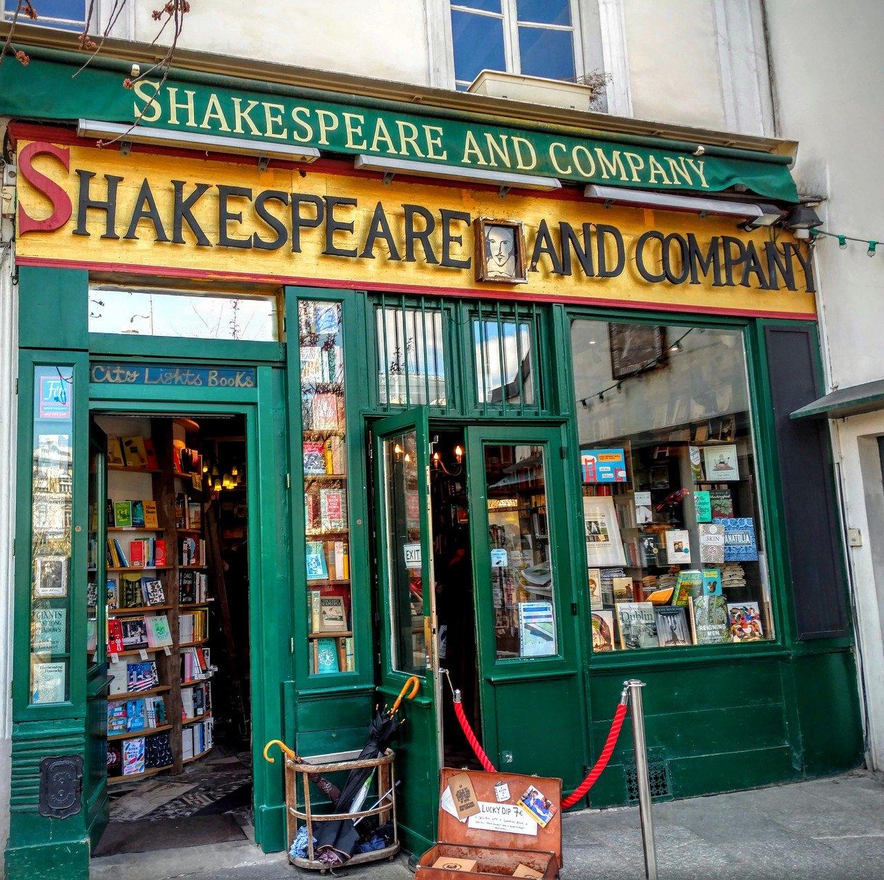 A.A.A. Cercasi Libreria Internazionale a Roma